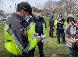 COVID-19: Cobourg police issue 7 tickets at anti-lockdown protest (01:54)