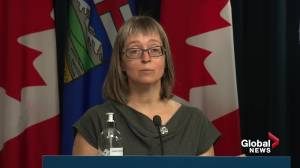 Alberta doctors frustrated, disappointed after town hall with Dr. Hinshaw (01:42)