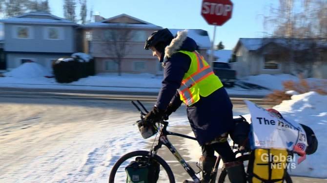 Click to play video: Saskatoon man cycles 1,670 km to raise awareness for Canadian overdose crisis