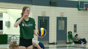 Mandi Fraser stepping out of brother's shadows with Saskatchewan Huskies