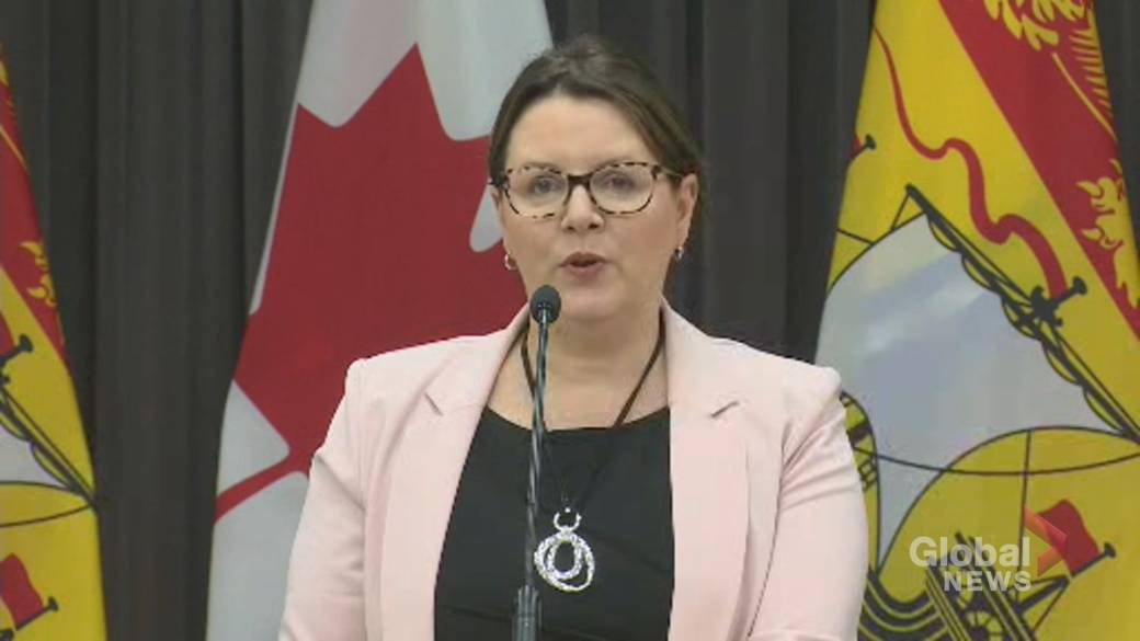Click to play video 'Coronavirus: Fredericton, central New Brunswick move to Orange Phase amid rise in cases'