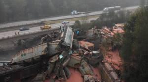 Massive train derailment in B.C.'s Fraser Valley