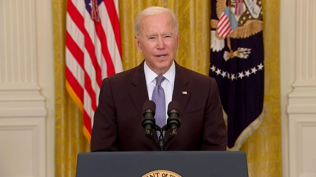 Click to play video: 'Biden announces U.S. to send authorized vaccines abroad for the first time ever'