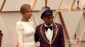 Oscars 2020: Spike Lee wears tuxedo in tribute to late Kobe Bryant