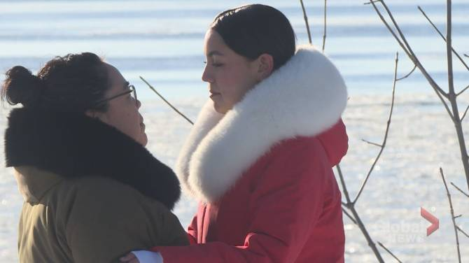 Click to play video: Indigenous TikTok star in Montreal keeping her culture alive through music
