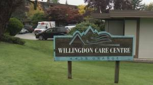 B.C. government criticized for pace of COVID-19 booster shots for seniors (02:07)