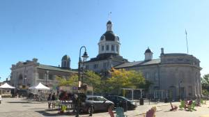 Kingston's new emergency order to limit groups downtown, mandate masks in common areas (02:01)