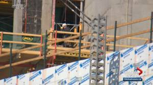 Alberta construction sites allowed to continue with COVID-19 with precautions: Alberta Health