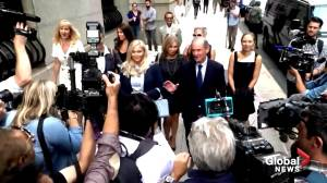 Epstein's alleged victims speak out at federal court (00:55)