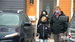 Coronavirus: Canadian Mental Health Association says pandemic having impact on people (02:40)
