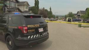 Calgary police identify victim of brazen daylight shooting (01:36)