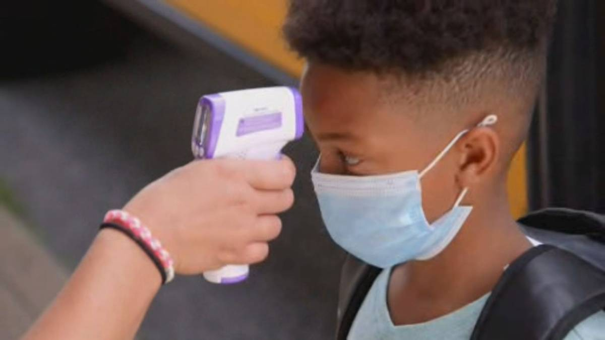 Click to play video: 'Experts warn Delta variant wave will hit unvaccinated kids'