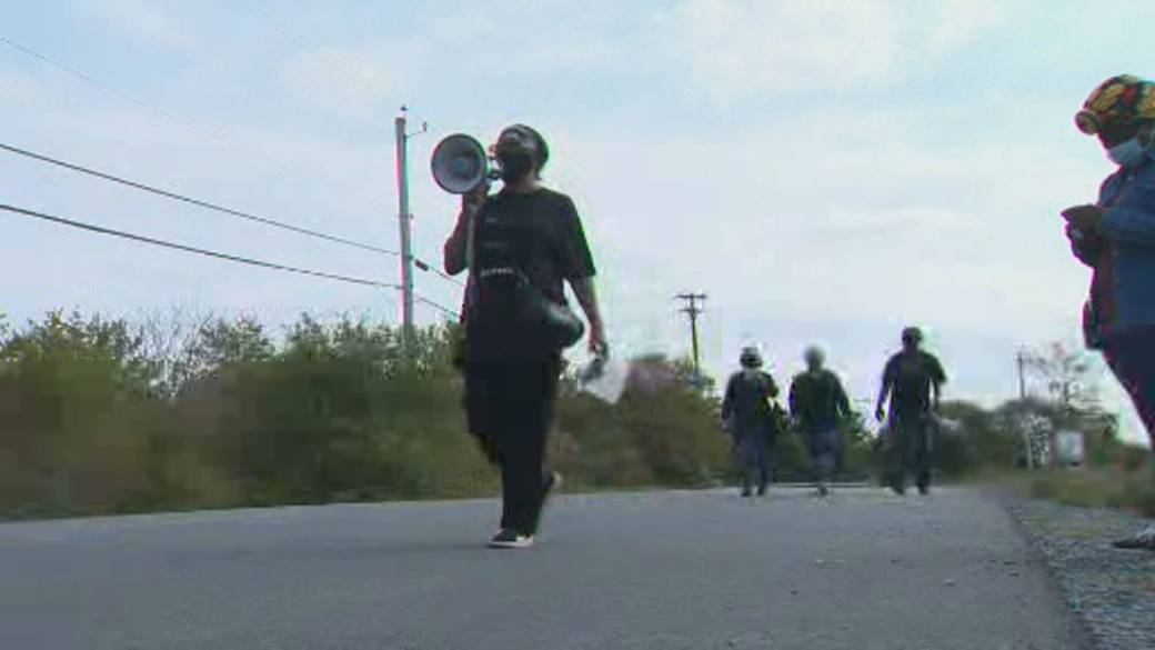 Click to play video 'North Preston community organizers march for justice for a second time'