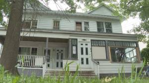 Rooming house closure highlights Moncton's housing problem (01:54)