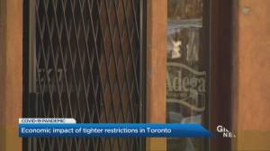 Toronto restaurants work to cope with continued restrictions (01:50)