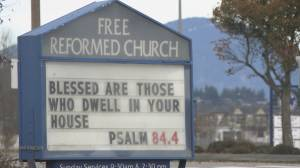 B.C. churches defy COVID-19 restrictions by holding weekend services (02:10)