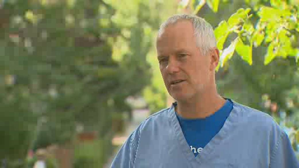 Click to play video: 'Doctors warn of potential health care system collapse in Alberta'