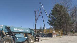 Crane that prompted evacuations being removed (01:29)
