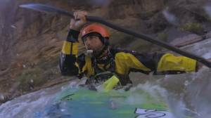 Blind adventurer Erik Weihenmayer kayaks the Grand Canyon