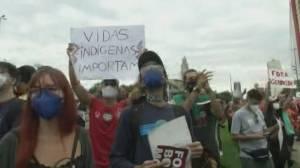 Brazil's COVID-19 death toll surpasses 500,000 (01:39)