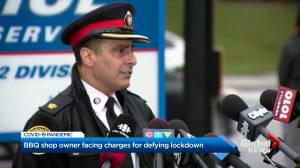 Etobicoke BBQ restaurant owner faces charges after defying lockdown orders for 2nd day (02:41)