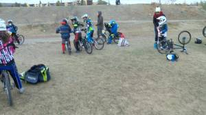 Nine-year-old's day at the BMX track (01:05)