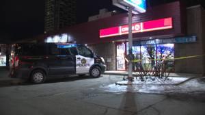 Stabbing victim seeks help at downtown Calgary convenience store (02:02)