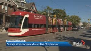 TTC passenger struck, hurt exiting streetcar