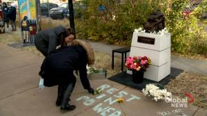 'This is a sanctuary': Advocates unveil permanent memorial for Calgary's homeless (01:58)