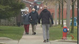 Fully vaccinated Ontario long-term care residents can now go on day or overnight trips (01:40)