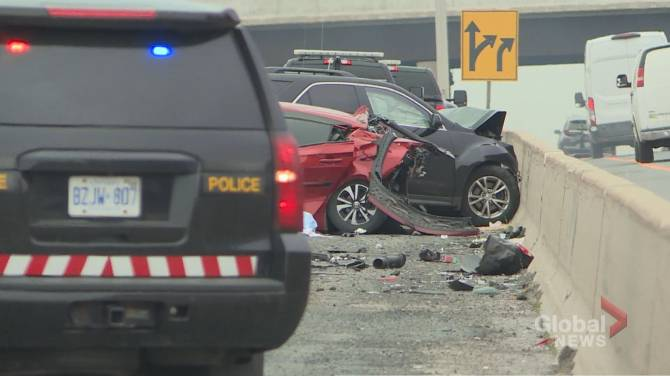 Click to play video: Fatal two-car crash shuts down Highway 401 eastbound express in Pickering