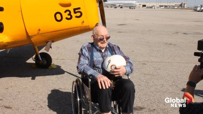 84-year-old former RCAF fighter pilot takes to the skies in Hamilton on National Seniors Day
