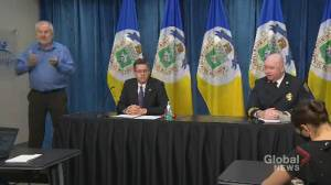 Coronavirus: Winnipeg officials grilled about protocol around family members testing positive for COVID-19 (04:08)