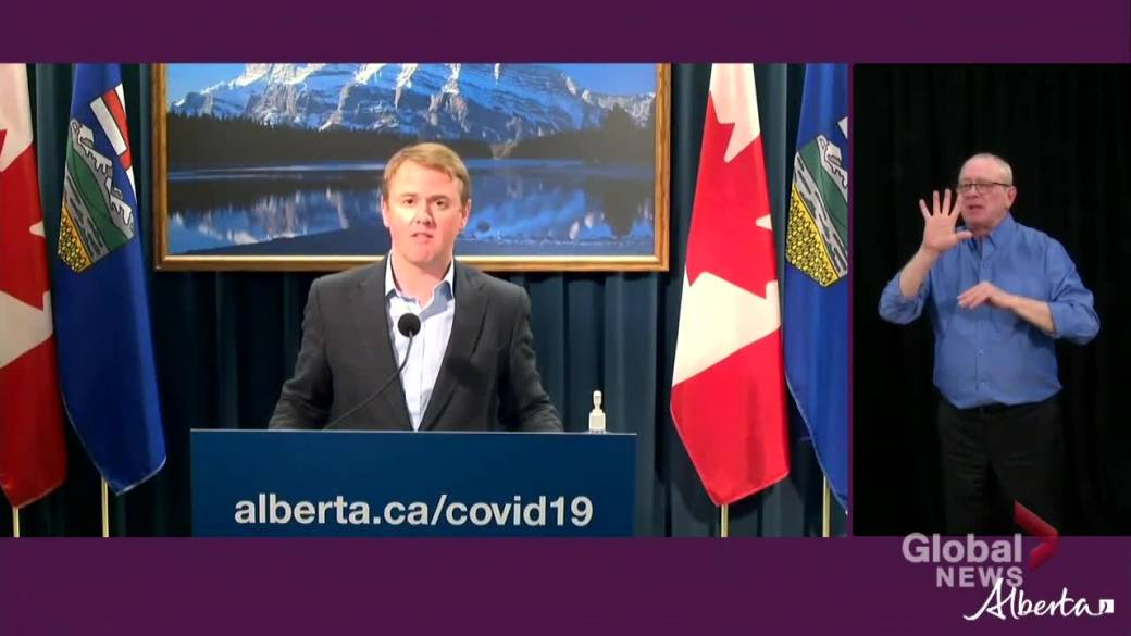 Click to play video 'Alberta health minister says there will be no delay in COVID-19 vaccine Phase 2 rollout'