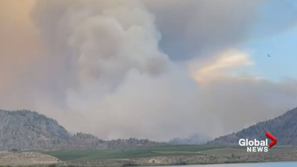'Timelapse of Nk'Mip Creek Wildfire from the South extremity  of Osoyoos Lake'