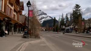 Banff mayor reacts to news Johnson & Johnson vaccine headed to mountain town (01:49)