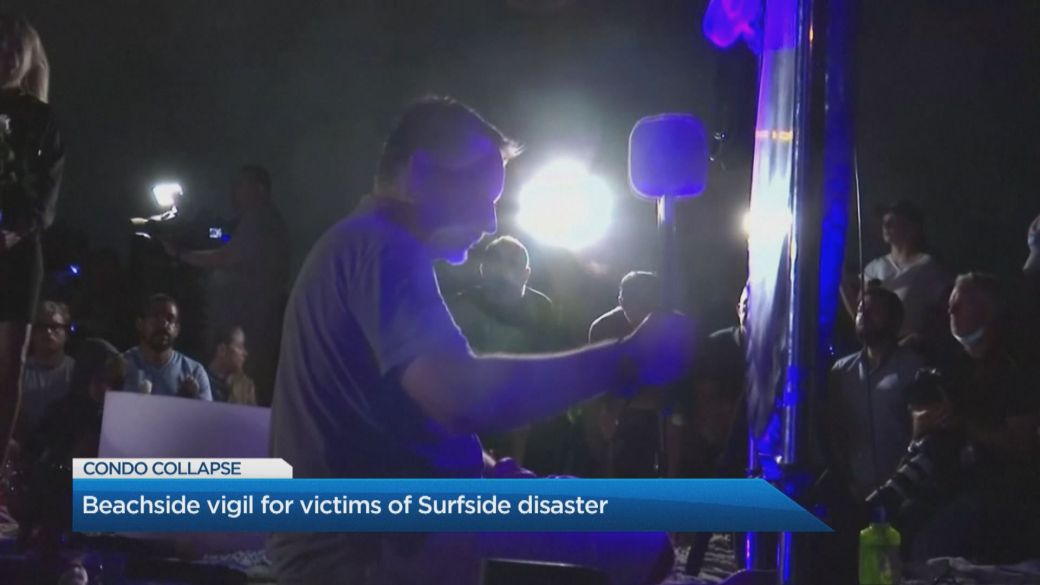 Click to play video: 'Beach tribute held on the shores of Surfside in wake of condo collapse.'