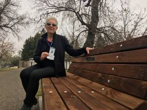 Cancer survivor reflects on 10 years of volunteerism at Chinook Regional Hospital (01:45)