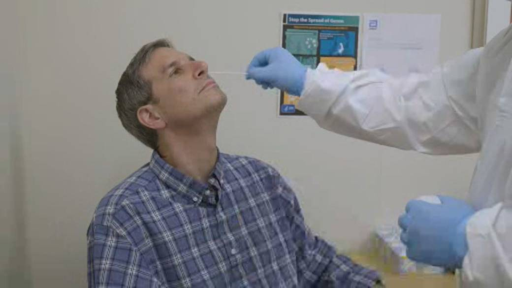 Click to play video 'Why isn't Canada using more rapid COVID-19 tests?'