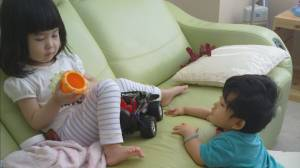 Siblings Herman and Luna both need speech and language therapy (02:03)