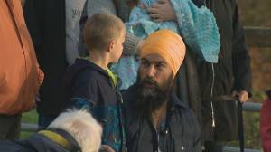 Jagmeet Singh continues campaign tear through B.C.