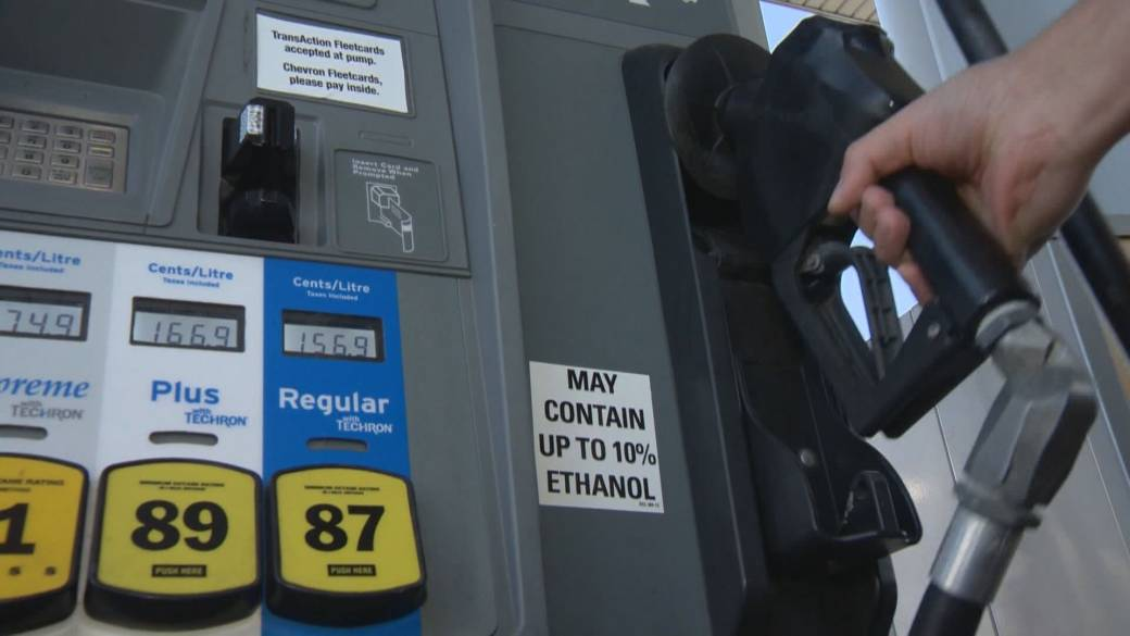 B.C. passes law to force oil companies to reveal how gas prices are set