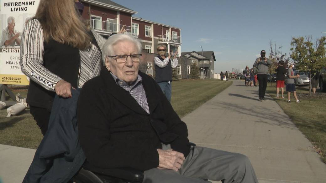 Click to watch video '97-year-old Alberta veteran receives birthday surprise of a lifetime'