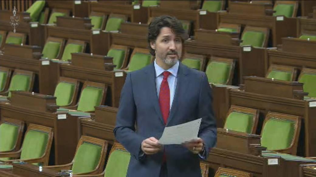 Click to play video: 'Trudeau calls for de-escalation as Israel, Hamas exchange escalating fire'