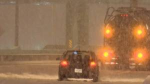 Winter blast makes for dicey commute on B.C. South Coast (03:20)