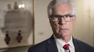 Winnipeg MP Jim Carr diagnosed with form of blood cancer