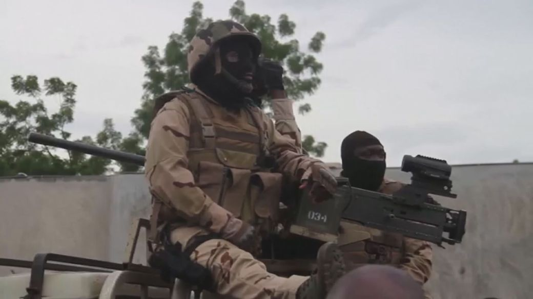 Click to play video 'International community condemns Mali coup'
