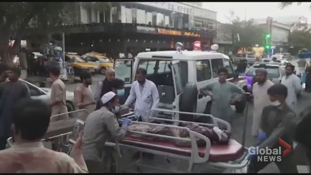 Click to play video: 'Afghanistan crisis: ISIS says it's behind deadly Kabul airport explosions'
