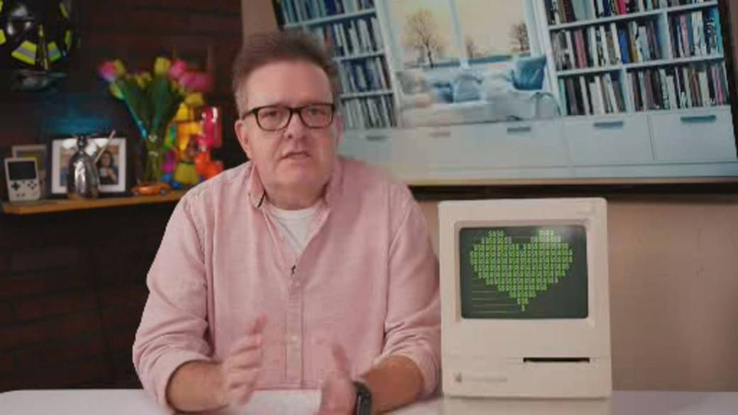 Click to play video 'Comedian Brittlestar on love connections in the digital age'