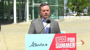 Kenney says federal government should look at mandatory sentences for hate crimes after reported Edmonton attack (02:21)
